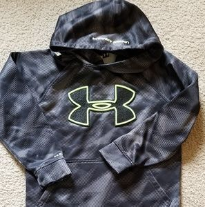 Boys Under Armour SM hooded pullover